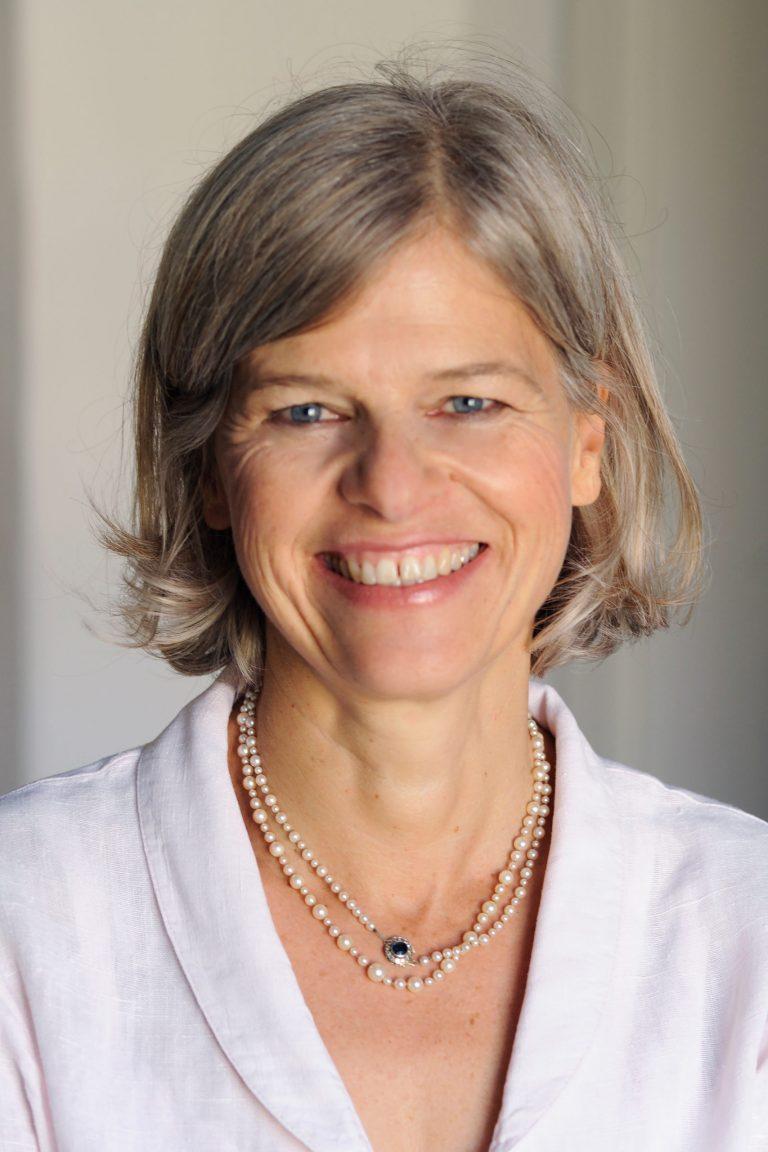 Dr. Maren Fiebig-Lohmer
